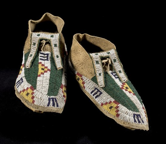 Lakota moccasins, late 19th century